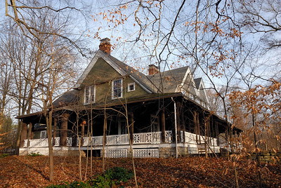 Carl and Mary Krippendorf Lodge in Lobs Woods