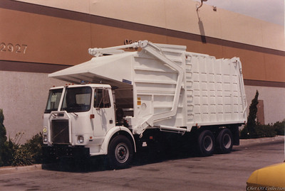 1984 White WX Partial Pack Front Loader