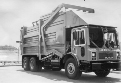 LA Unified School District Full Pack Front Loader
