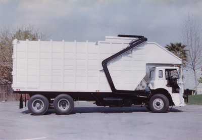International Top Pack Front Loader