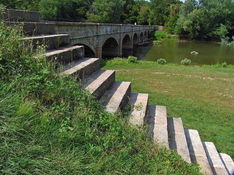 19  Monocacy Aqueduct upstream stepped wing wall