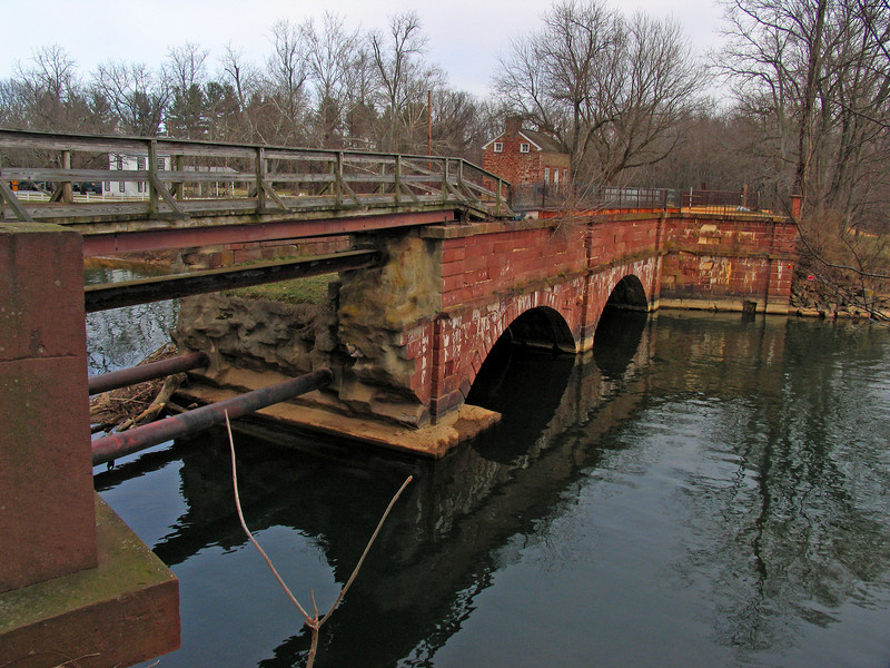 05 Seneca  Creek Aqueduct collapsed upstream arch