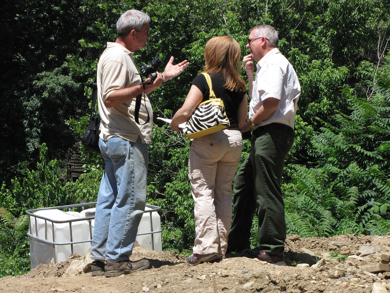 7/01/2011  Dr. George E. Lewis, President Catoctin Creek Aqueduct Restoration Fund was on site today with his camera.