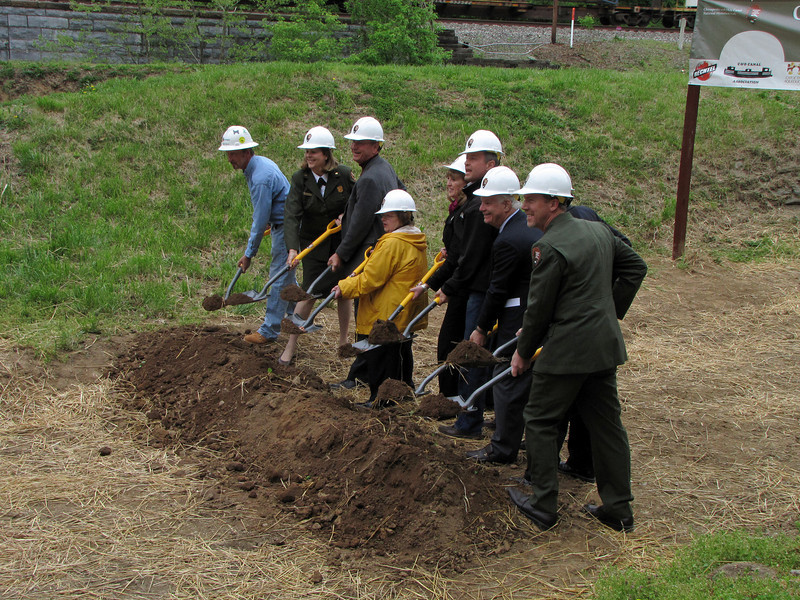 April 24, 2010 Frederick County, Md. - A groundbreaking ceremony was held on Saturday morning at the site of the Catoctin Aqueduct, which is part of the C&O Canal National Historical Park. Governor Martin O'Malley, Senators Barbara Mikulski and Ben Cardin, 6th District Congressman Roscoe Bartlett and Dr. George Lewis, the President of the Catoctin Aqueduct Restoration Fund, were on hand to turn the dirt.