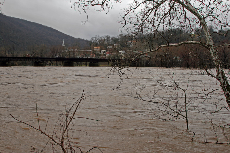 43 Town of Harpers Ferry, WV across flooded Potomac