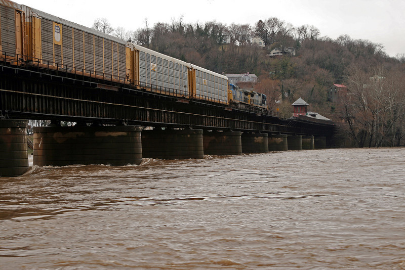 59 CSX freight train crosses bridge into Harpers Ferry, WV