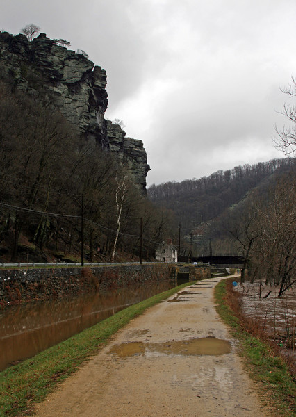 44 Upstream approach to Lock 33 (Harpers Ferry)