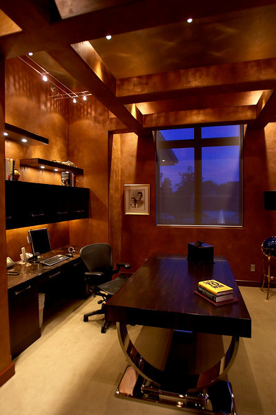 Minnetonka, MN - Photos of Dick Enrico's home - 14262 Trace Ridge Rd in Minnetonka.  Date: Wednesday July 18, 2007 Photo by © MMG/Todd Buchanan 2007 Technical Questions: todd@toddbuchanan.com; Phone: 612-226-5154.
