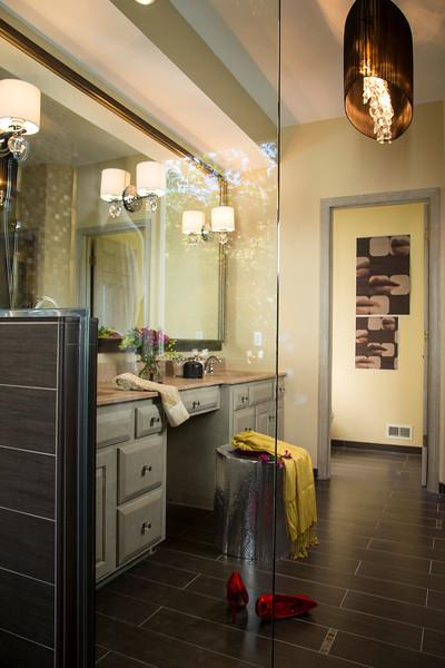 Eden Prairie, MN - Johnson Bathroom - 11063 Holland Circle Eden Pairie MN here today, Tuesday September 18, 2012.  Date: Tuesday September 18, 2012 Photo by © Todd Buchanan 2012 Technical Questions: todd@toddbuchanan.com; Phone: 612-226-5154.