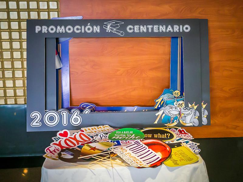 small - CCA Fiesta de graduación 2016 (14)