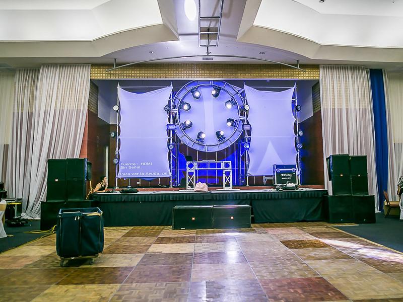 small - CCA Fiesta de graduación 2016 (1)