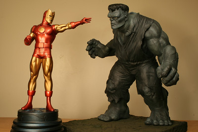 The Incredible Hulk Issue 1 Statue by Master Replicas: GROUP SHOTS