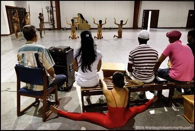 CUBA. SANTIAGO DE CUBA. RÉPÉTITION DE LA PRESTIGIEUSE COMPAGNIE DE LA DANZA DEL CARIBE. COMPAGNIE DE DANSE CONTEMPORAINE AVEC DES PROFONDES RACINES AFRO-CUBAINE.