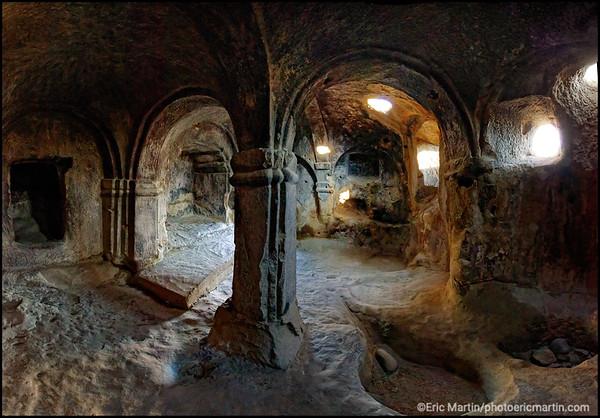 GEORGIE. Ouplistsikhé. Cette cité troglodytique fut l'un des tout premiers établissements humains du Caucase