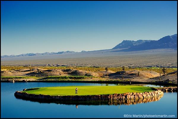 """Le golf Paiute Resort. Situé en plein désert dans la réserve des Indiens Paiute du sud, il possède trois parcours (54 trous). Ici, le parcours nommé """"The Wolf"""", dernier ouvert en 2011. LAS VEGAS. GOLF, LAS VEGAS, USA, NEVADA"""