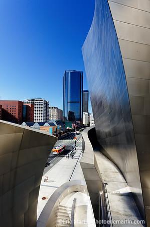 LOS ANGELES. DOWNTOWN. Le Walt Disney Concert Hall concu par l' architecte Frank Gehry