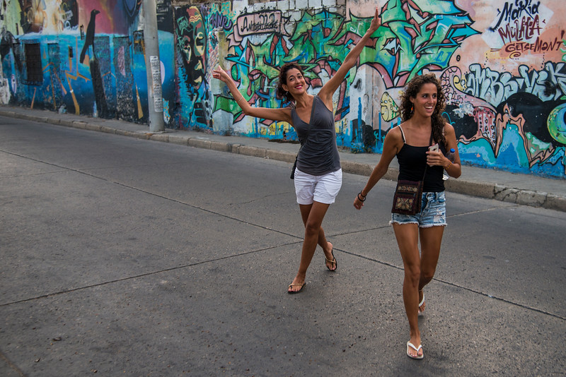 Tourists from Peru visit  Cartagena.