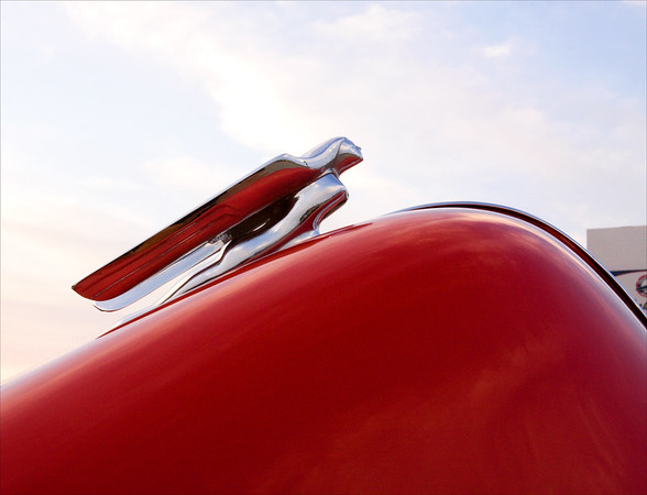 Hood Ornament 46 Willis