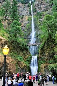 Multnomah Falls is the second highest falls in the U.S., plummeting 620 feet,