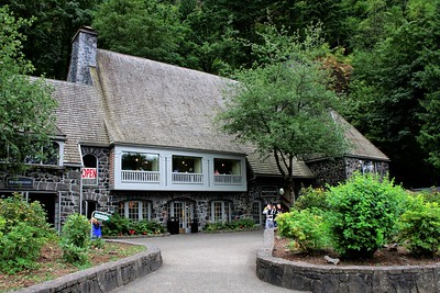 Multnomah Falls Lodge was completed in 1925.