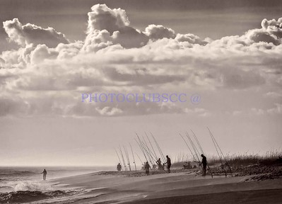 DIGITAL-MONOCHROME-UNASSIGNED-1ST. PLACE-SURF FISHING-CAROL FELDHAUSER
