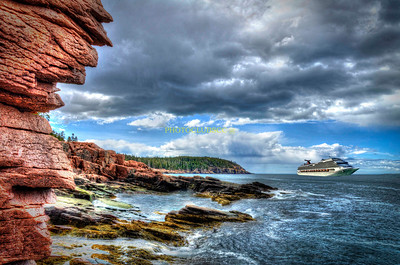 PRINT-CREATIVE-GOLD-CRUISING MAINE-STAN LIPSKI