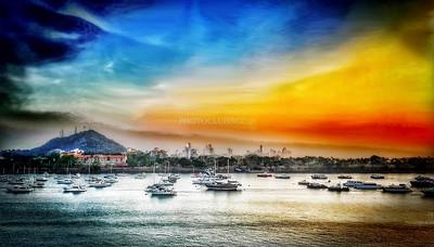 PRINT-CREATIVE-SILVER-PANAMA CITY SUNRISE-STAN LIPSKI