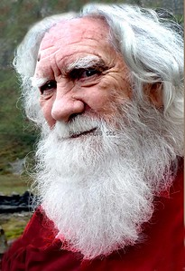 PRINT-COLOR-ADVANCED-GOLD-IRISH MOUNTAIN MAN-PAT JONES