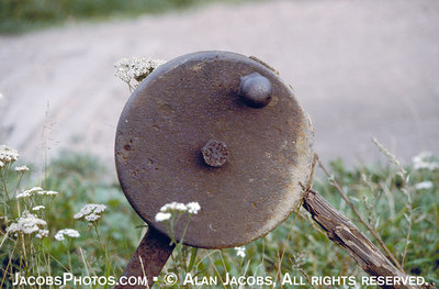 RR track switch handle at entrance to unloading ramp at Birkenau. photo 1979