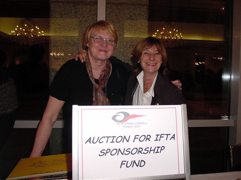 IFTA Auction - Riale and Ruth making money for IFTA