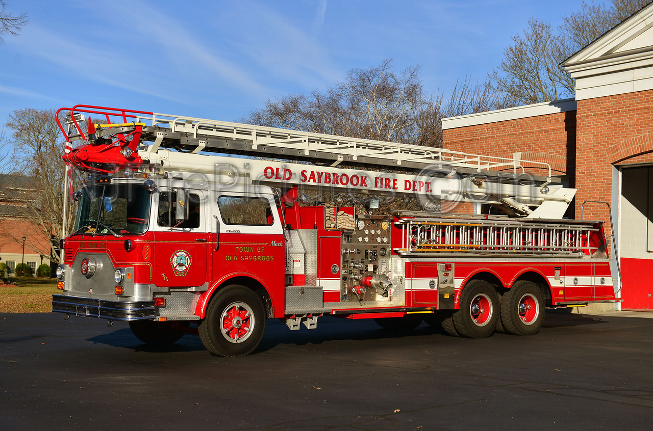 OLD SAYBROOK, CT LADDER 372