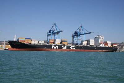 2011 - MSC LAUSANNE loading in Civitavecchia.
