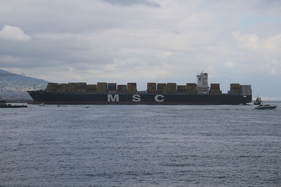2008 - M/S MSC MAEVA arriving to Napoli.