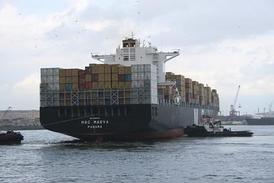 2008 - M/S MSC MAEVA arriving to Napoli.