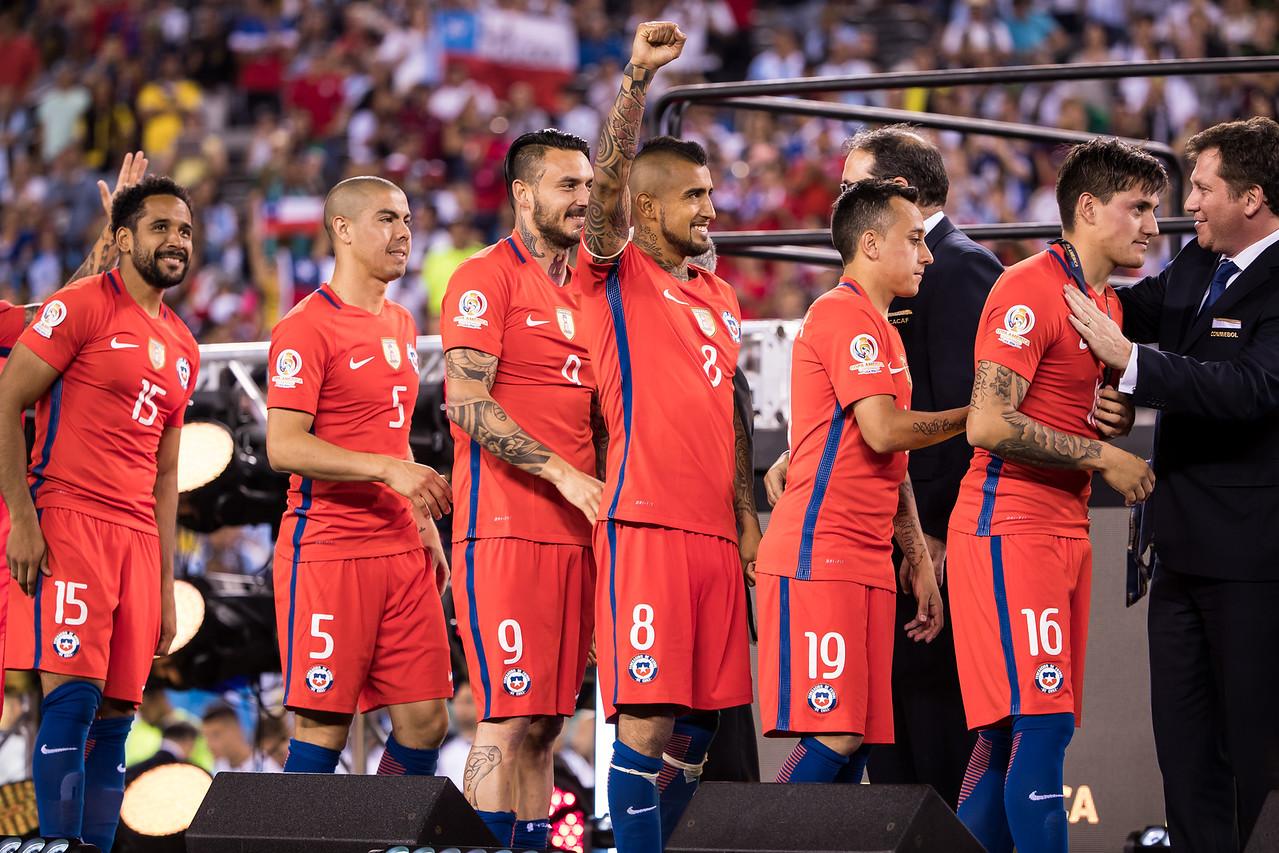 Jean Beausejour, Francisco Silva, Mauricio Pinilla, Arturo Vidal, Fabian Orellana, Nicolas Castillo