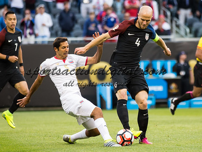 Michael Bradley, Celso Borges