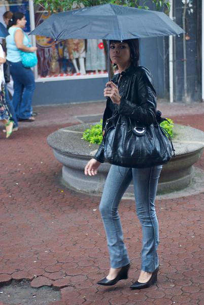 Shopper on Avenida Central
