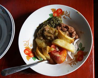 Traditional African lunch - Bunagana - Uganda