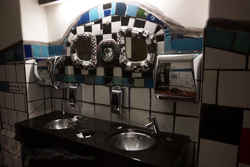 Hunterwasser Bathrooms