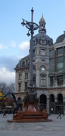 Antwerp Centraal Station - Lamp Post