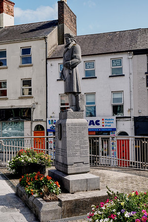 Statue In Commemoration of Members of the IRA Athlone Brigade