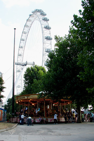 Merry Go Round and London Eye