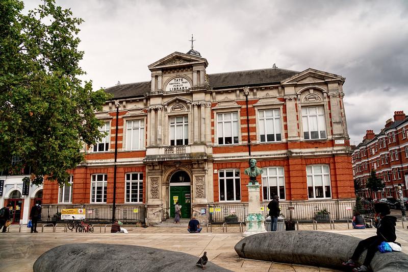 Brixton - Tate Library - Windrush Square