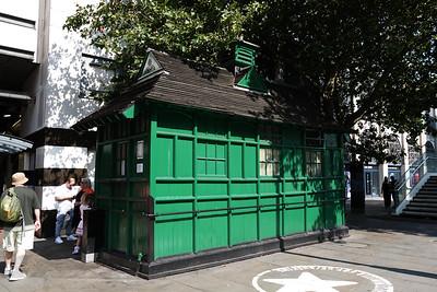 Embankment Place Cabmen's Shelter