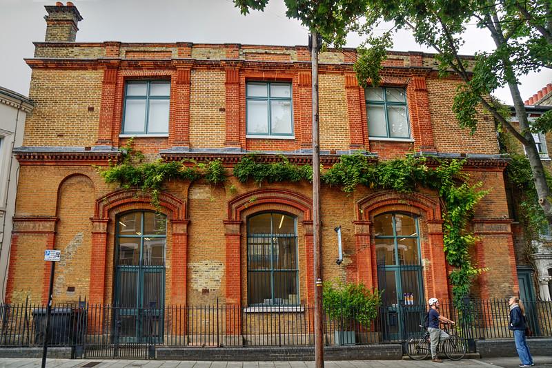 Brixton - Biggs and Quail - Furniture Studio