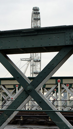 Hungerford Railway Bridge Detail