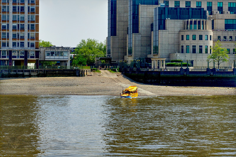 River Thames - Duck Amphibious Vehicle