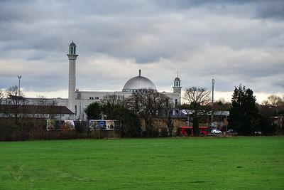 Baitul Futuh Mosque - Morden