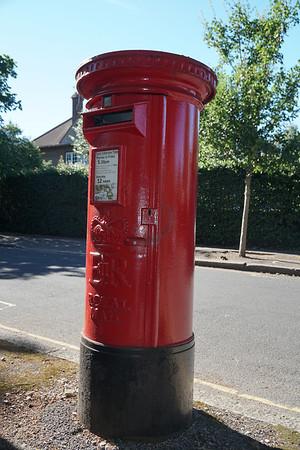 Pillar Box - EIIR - Elizabeth II - Melrose Road