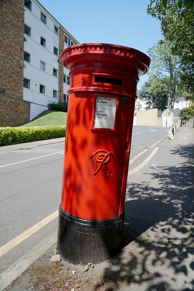 Pillar Box - VR - Thornton Hill